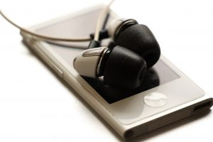 File Size and Portable Audio Players - What's The Difference Between WAV and MP3?