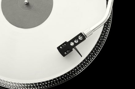Quality and Cleanliness Of Your Equipment - Why Does Vinyl Sound Better?
