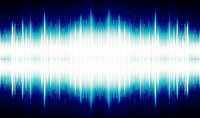 Audio Waves - Sennheiser HD1 Free Review
