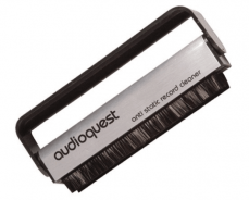 AudioQuest Anti-static Record Clean Brush - How To Clean Vinyl Records By Hand