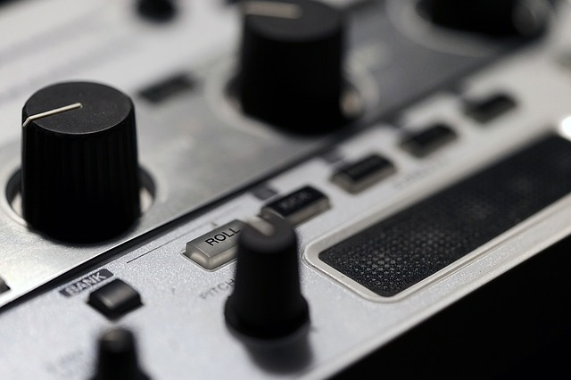 Volume Knob Tactile Response - Creative Sound Blaster E5 Review