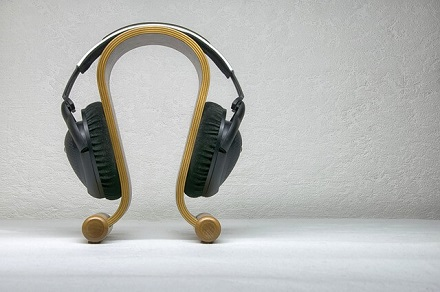 Headphone Stand - What Is Headphone Clamp?
