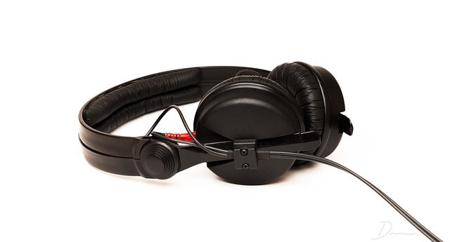 Sennheiser HD 25 - Audio Technica ATH M60x Review