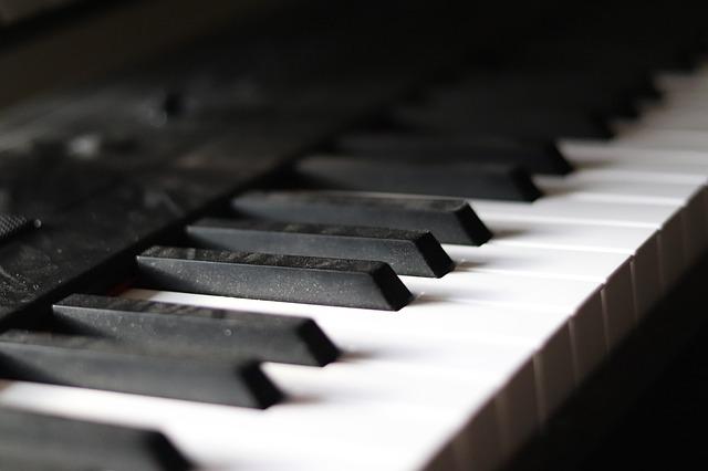 dusty piano keys